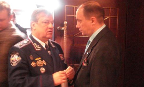 Фотозвіт з екстреної прес-конференції керівників виборчої кампанії Віктора Януковича